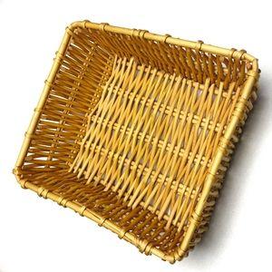 VINTAGE Woven Wicker Bohemian Boho Basket